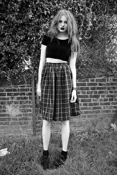 Uhhh I wish I was brave enough to dress like this or even just buy something like it! #grunge