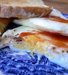 Steam/fried eggs {they turn out like a McDs egg mc muffin}