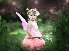 En modern, yeni ve güzel kız bebek isimlerini anlamları ile beraber sizler için derledim. İşte en güzel kız bebek isimleri...   KI...