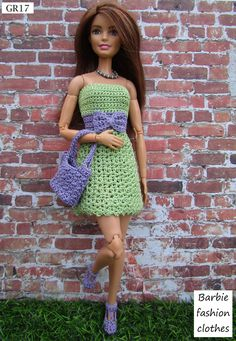 Moda Barbie, Barbie Dolls Diy, Barbie Clothes Patterns, Crochet Barbie Clothes, Barbie Dress, Clothing Patterns, Fashion Dolls, Fashion Outfits, Crochet Doll Dress
