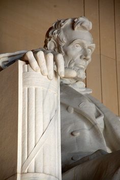 Lincoln Memorial is so much larger than you can imagine when you view it from close up!