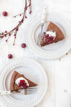 Paleo Cranberry Chocolate Gingerbread Cake