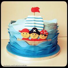 Bolo pirata com barco