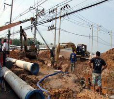 PHUKET: Die Phuket Waterworks Authority hat einen Plan eine Trinkwasserleitung vom öffentlichen Brunnen in Mai Khao zu den nördlichen Teilen Phukets zu legen, als Pilotprojekt der Trinkwasserversorgung der Insel offengelegt.  Pichai Wetchrungsri, stellvertret