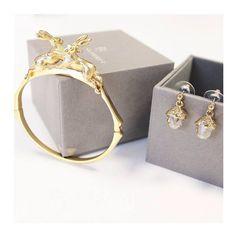 Don't forget it's still 25% off Bill Skinner Jewellery! Don't miss out >> #lavishalice #fashion #jewellery #billskinner #style #bloggers #fbloggers