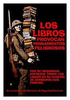 Los malos libros provocan malas costumbres y las malas costumbres provocan buenos libros.