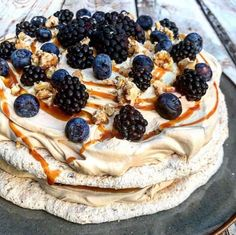 Fruit Recipes, Dessert Recipes, Eat Dessert First, Aesthetic Food, I Love Food, Yummy Cakes, Cake Cookies, Food Inspiration, Tapas
