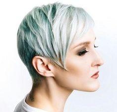 short layered haircut for thin hair