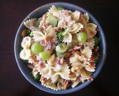 Broccoli, Grape & Pasta Salad