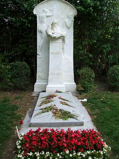 Grave Marker- Johannes Brahms (b.1833), German composer/conductor (Hung Dances), died at 63. Brahms is buried in the Zentralfriedhof in Vienna.