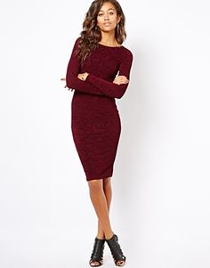 Newest Obsession: Figure hugging Midi Dresses. New Wardrobe #WantList #sexiness #classiness