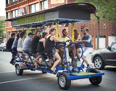 Faites la tournée des bars avec notre vélo géant! Une activité originale pour un bachelorette, anniversaire, etc. Ne cherchez plus quoi faire à Montréal!