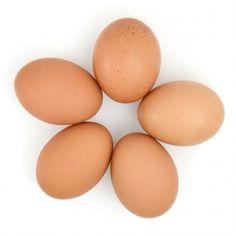 How To Properly Hard Boil Eggs - servinguptheskinny.com