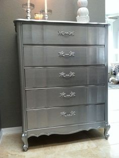 DIY Home Decor : DIY metallic dresser