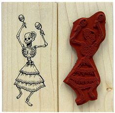 Add a festive Day-of-the-Dead symbol to almost anything with these high-quality rubber stamps! Made with an easy-grip wooden back, they're perfect for decorating Halloween cards or posters, and also make a charming gift! Skeleton Drawings, Easy Drawings, Fun Crafts, Arts And Crafts, Paper Crafts, Day Of The Dead Art, Mexican Art, Memento Mori, Halloween Cards