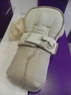 b e b e t e c a: COQUETERÍA PARA LA SILLA MINI Impresionante saco para silla de paseo. bebetecavigo