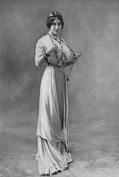 Les Modes (Paris) 1910 Robe du Soir par Roizot Soeurs