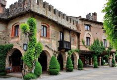 It & # he the Italian village among the most visited and loved .- E& lui il borgo italiano tra i più visitati e amati di sempre ⋆ It & # he the Italian village among the most visited and loved ever - Italy Vacation, Italy Travel, Italy Trip, Milan Travel, Italian Village, Italy Holidays, Places In Italy, Italy Tours, Visit Italy