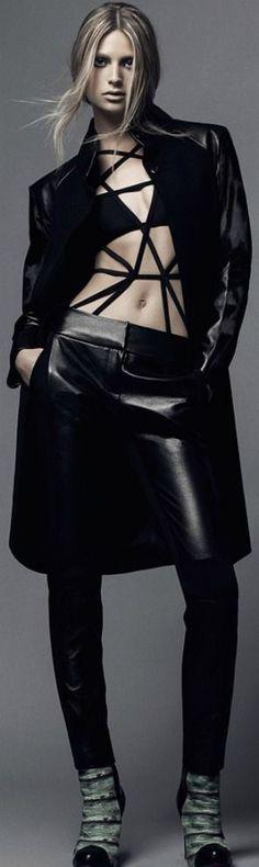 *.* Designer Lie Sang Bong. Black leather