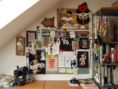 Nice 65+ Stunning Art Studio Design Ideas for Small Spaces https://freshouz.com/65-stunning-art-studio-design-ideas-for-small-spaces/