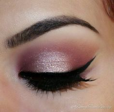 Image via We Heart It https://weheartit.com/entry/172359588 #eyebrows #eyelashes #eyeliner #eyes #eyeshadow #makeup #pink