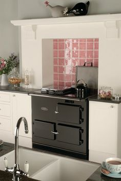 The Redfyre Electric Range Cooker Aga Kitchen, Kitchen Cooker, Kitchen Tiles, Country Kitchen, Kitchen Decor, Kitchen Family Rooms, Kitchen Living, Cottage Kitchens, Home Kitchens