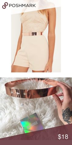 "Rose Gold Metal Waist Belt Brand new, unworn Missguided rose gold waist belt. One size but I measured it and at its loosest setting it's about 28"" diameter, can be tightened to about 25"" diameter. Worn at natural waist so depending on your proportions, it can fit a small-large. Missguided Accessories Belts"