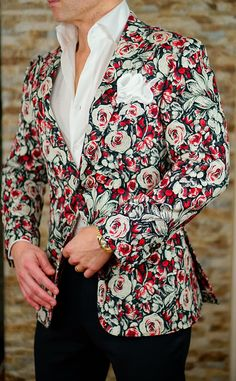 One of the most unique jackets in the industry by Sebastian Cruz Couture. Check out the latest collection. #sebastiancruzcouture