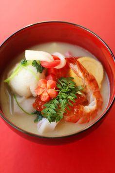 おせち2013: お雑煮 / O-zoni, soup w mochi rice cakes by coupe-feti