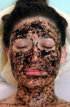 4 szuper frissítő, méregtelenítő házi pakolás - Indítsd üde arcbőrrel az új évet! - bien.hu Halloween Face Makeup, Hair Beauty, Make Up, Skin Care, Cosmetics, Healthy, Relax, Live, Crafts