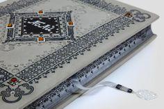 Abaj Kunabajew. Unique leather binding. Luxury artistic book. Luksusowa oprawa w skórę. Unikatowa książka artystyczna. http://www.kurtiak-ley.pl/abaj-kunanbajew/