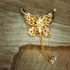 Butterfly Dangle Brooch 5408 by Craft365com on Etsy