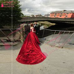 Dark Red Gorgeous Wedding Dresses Sexy V Neck Lace Up Plus size Bridal Gowns African Sweep Train robe de mariage Z1085-in Wedding Dresses from Weddings & Events on Aliexpress.com | Alibaba Group