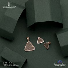 Gold Jewelry Simple, Gold Rings Jewelry, Diamond Jewelry, Gold Bangles Design, Jewelry Design, Manubhai Jewellers, Pendant Set, Diamond Pendant, Women Jewelry