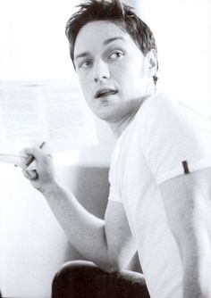 James Mcavoy I'll take two of these to go. Scottish Actors, British Actors, James Mcavoy, Aidan Turner, Glasgow, Theater, Becoming Jane, Charles Xavier, Dc Movies