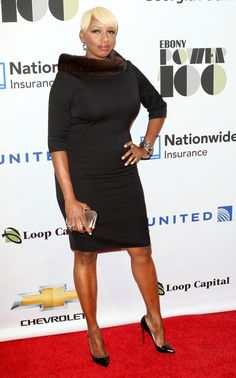 NeNe Leakes on the red carpet!  LIKE us on Facebook!:  http://www.facebook.com/therealhousewivesfanclub