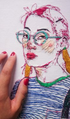 15 Ultra Talented Portrait Artists to Check Out Right Now Portrait Embroidery, Embroidery Art, Cross Stitch Embroidery, Machine Embroidery, Embroidery Designs, Thread Art, Thread Painting, Yarn Painting, Atelier D Art