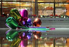 Jeff Koons, the father of shiny balloon dog sculptures, is used to smashing records at auction. His last oversized, exceedingly glossy work of art sold f. Jeff Koons, Oldenburg, Salvador Dali, Andy Warhol, Pablo Picasso, Harvey Milk, Balloon Dog, Steel Sculpture, Dog Sculpture