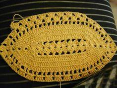 Crochet Table Runner, Crochet Tablecloth, Baby Girl Dress Patterns, Baby Girl Dresses, Crochet Bunting, Crochet Baby, Knitting Patterns, Crochet Patterns, Crochet Bikini Pattern