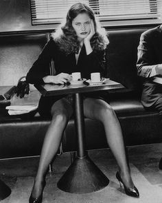 For the 1993 calendar, Lavazza chose master photographer Helmut Newton. His style was perfect for conveying the passion for coffee. Newton's photographs, shot in Paris, have a powerful impact, conveying passion, eroticism and vitality. The Set: Paris