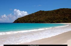 Playa Flamenco, Culebra in Puerto Rico. My favorite place in the world. Puerto Rico, Places To Travel, Places To Visit, Visit Chile, Beach Fun, Beautiful Beaches, Around The Worlds, Image, Calm Waters