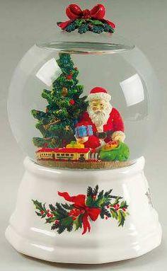 Pfaltzgraff Christmas Snow Globe