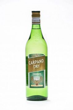 Love vermouth? Have you tried the new dry formula from the storied Carpano line yet? It's downright sultry in a Martini. #craftcocktails #cocktails