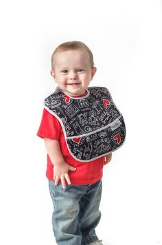 Keith Haring by Bumkins bib. Babies + Keith Haring = perfect for all you cool, hip parents!