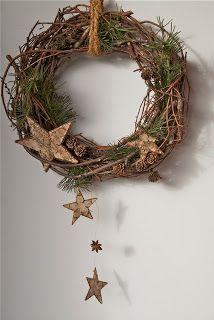 Christmas door wreath More. Christmas Door Wreaths, Holiday Wreaths, Rustic Christmas, Winter Christmas, Christmas Time, Christmas Crafts, Holiday Decor, Winter Diy, Deco Floral