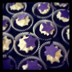Purple star cupcakes by Daniellerosemakes