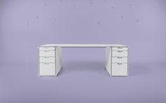 Design Schreibtisch von System 180 ist individuell anpassbar und eignet sich für's Home Office und Büroeinrichtungen.