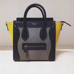 9cc400d6318 Beautiful CÉLINE Bag Hey guys all check DVSStyle.com  CÉLINE  CELINE   CelineFashion