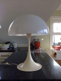 ORIGINAL Verner Panton Panthella Table Lamp. 1971 Danish Design. Louis Poulsen