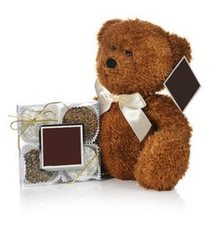 "Bear-er of Oreos Our delicious gold box of 4 oreos of your choice paired with an adorable 9"" Teddy Bear!Each gift comes with our goregousgold box of 4 themed oreos dipped in creamy rich beligan chocolates with your teddy bear (colors may vary between Chocolate Brown, Toffee or Vanilla). SHIPPING WEIGHT: 4LBS."